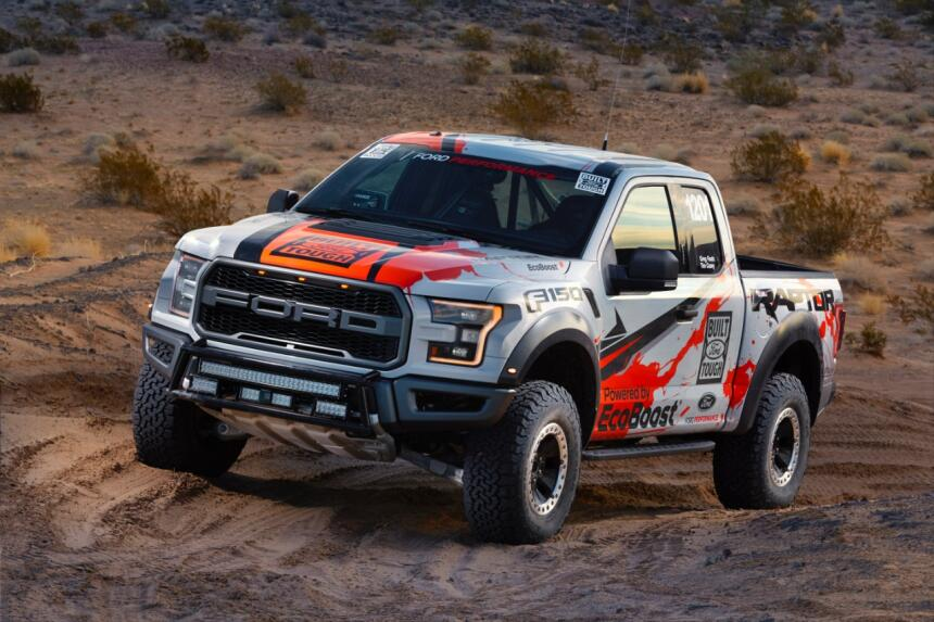 "Ford F-150 Raptor 2017 llega a ""Best in the Desert"" Hero-02-C1.jpg"