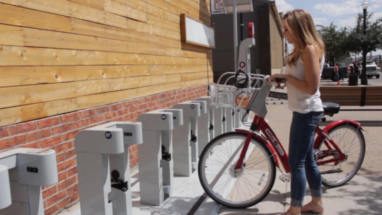 El sistema de bicis públicas de El Paso fue inaugurado en 2015. Sólo fal...