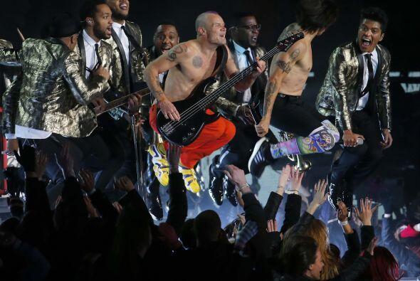 A Anthony Kiedis, el vocalista principal de los Red Hot Chili Peppers, l...