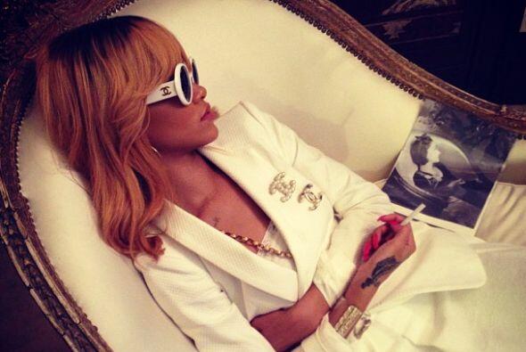 """Replicando un momento #Coco""-Rihanna."