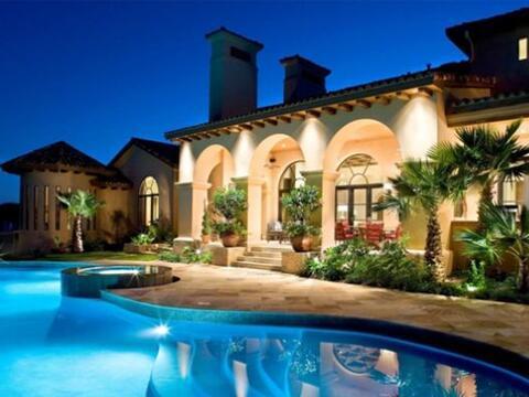 El arquitecto mexicano Luis Jauregui diseña mansiones para multim...