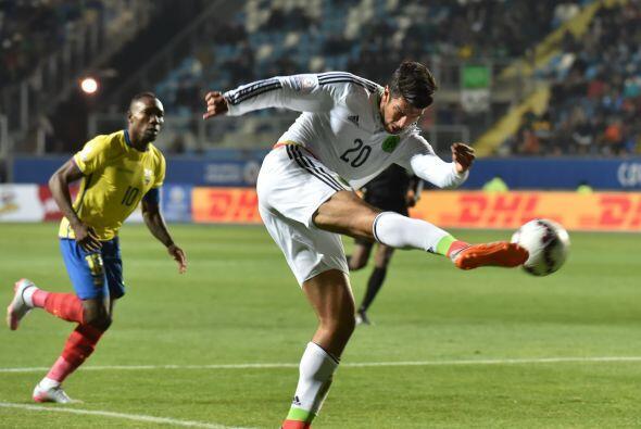 """20 Eduardo Herrera """" En un intento desesperado por encontrar goles, el P..."""