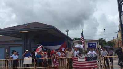 En fotos: así se vivió el anuncio de Trump sobre Cuba en Miami