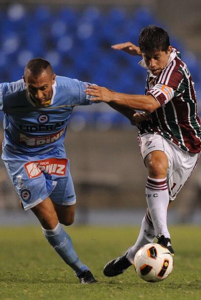 El partido tuvo incontables oportunidades de gol frente a los dos arcos.