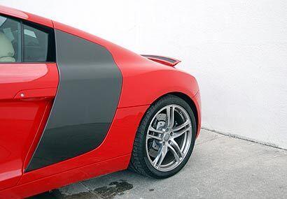 El R8 está construido con una estructura de aluminio ligero ultra resist...
