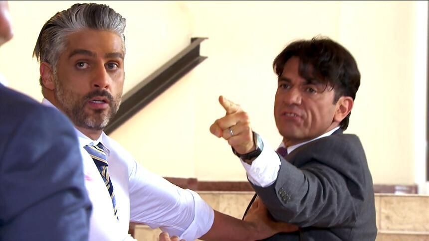 ¡Detánganlos! Arturo y Eladio se quieren matar  3DBBD71A008941178B3826C...