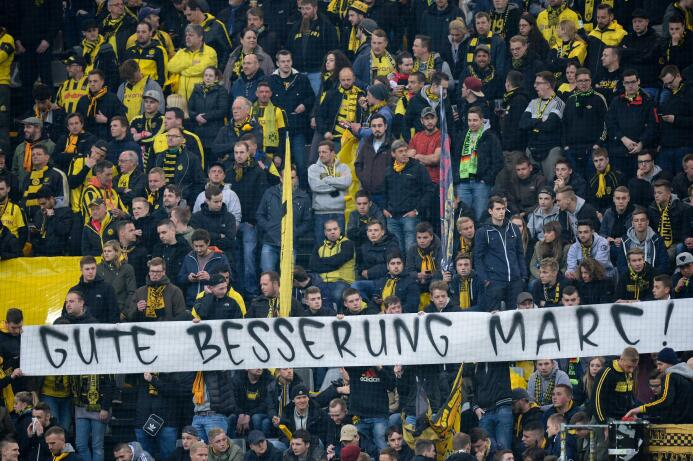 Borussia Dortmund le rinde homenaje a Marc Bartra GettyImages-667706154.jpg