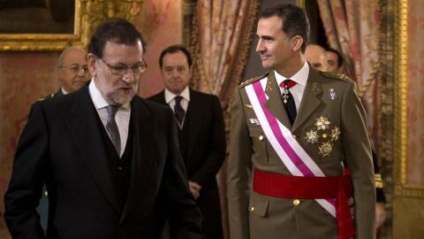 En esta imagen del miércoles 6 de enero de 2016, el rey de Espa&n...