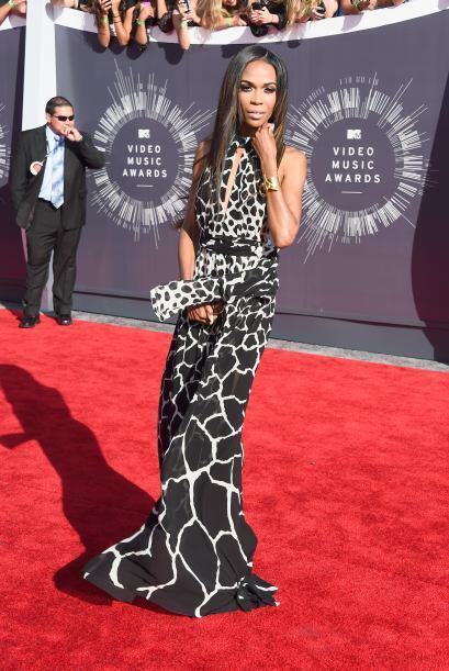 Una sexy jirafa nos pareció ver, ¡ay no!, era Michelle Williams. No tene...