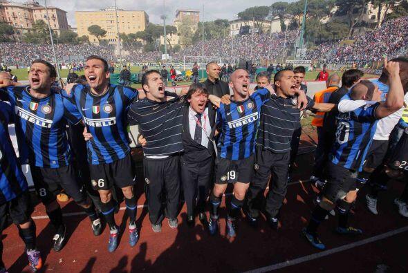 Con el silbatazo final, la euforia invadió a los 'nerazzurri'.