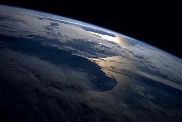 Esta es la costa Argentina. Fotos de Reid Wiseman