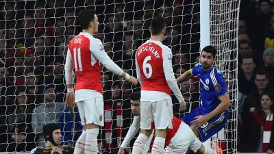 Costa y Chelsea ganan 'derby' al Arsenal