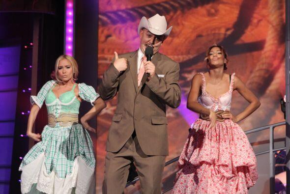 Héctor fue el último participante de esa noche e imitaba a Lupillo Rivera.