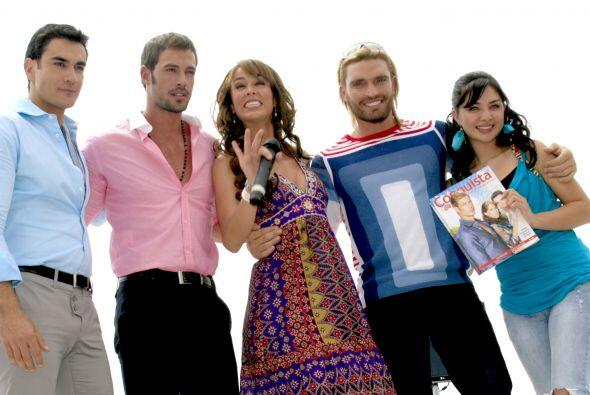 "En 2009, Luján salió en ""Sortilegio"", junto a William Levy, David Zepeda..."