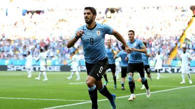 Uruguay gana sus dos primeros juegos en Mundial después de 64 años y nueve participaciones