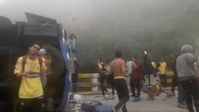 El fútbol está de luto: 12 aficionados del Barcelona de Ecuador murieron en un accidente