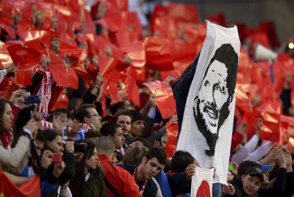 Los fieles del Vicente Calderón se reunieron con la esperanza de que el...