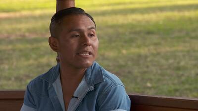 """""""Jugué con la muerte y me tiré al suelo"""": Cómo un hispano consiguió salir con vida del tiroteo en California"""