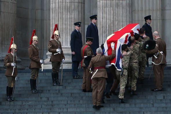 El Reino Unido se prepara para dar el último adiós el mi&e...