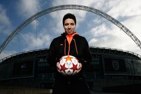 Estos futbolistas aún tienen opciones tanto de jugar con este balón en l...