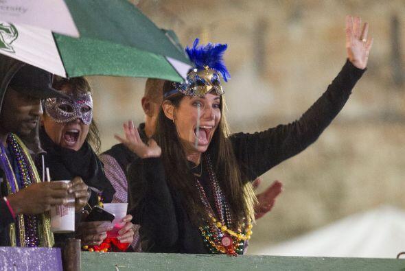 Sandra se volvió loca en el carnaval.