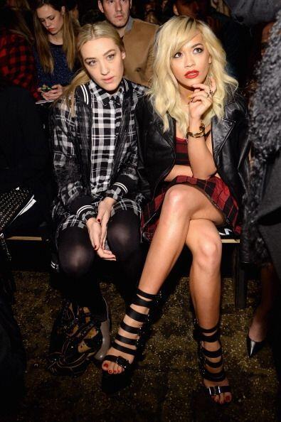 La rebelde e inigualable Rita Ora también prestó mucha ate...