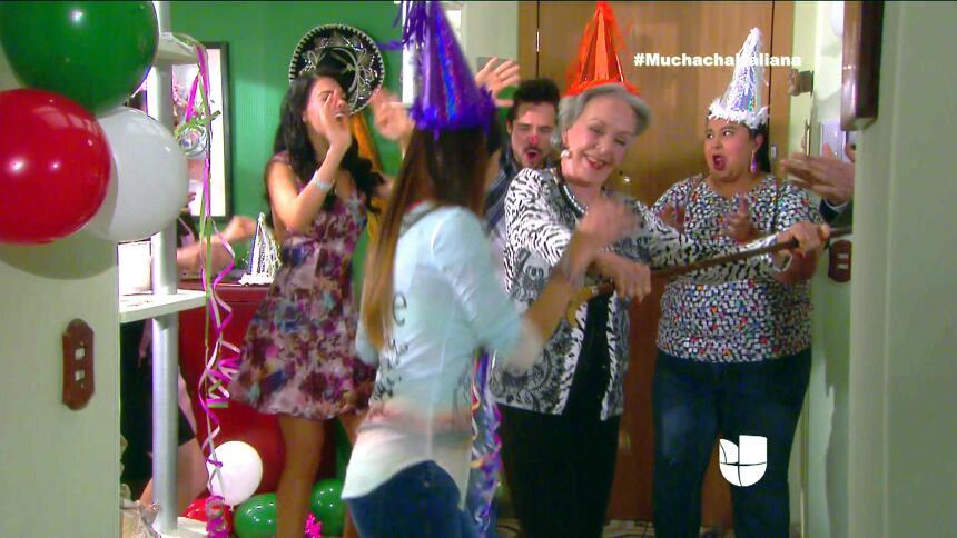 ¡Fiesta, Fiorella festejó su cumpleaños! 489881C7994445C2B08702BABB7BBAB...