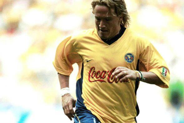 Luis Hernández dejó corazones rotos en Necaxa cuando vistió la playera d...