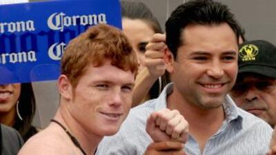 Saúl Alvarez y Oscar De la Hoya.