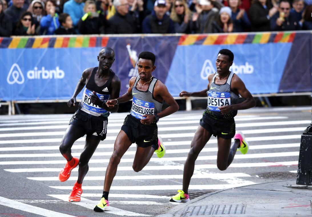 Maratón de Nueva York, entre el color y la competencia AP_16311646626036...