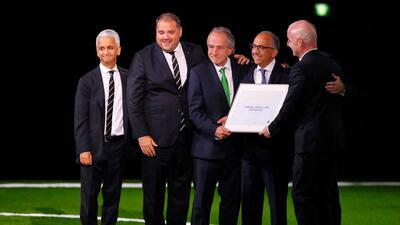 El fútbol unió a tres países en medio de tensión política