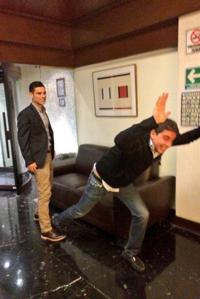Rafael Márquez retuiteó un post de Arturo Elías Ayub quien recreó la pol...