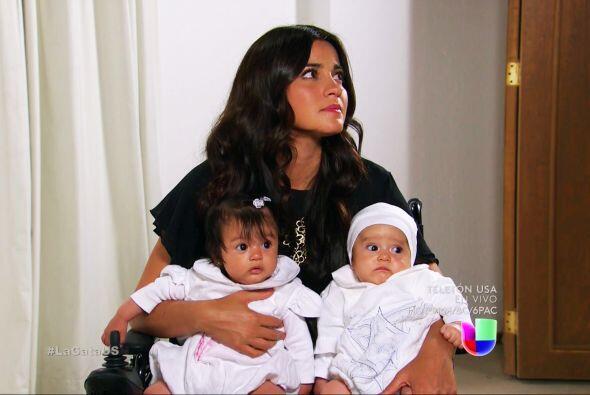 Para Esmeralda no fue nada fácil porque dejará a sus hijos y a su gran a...