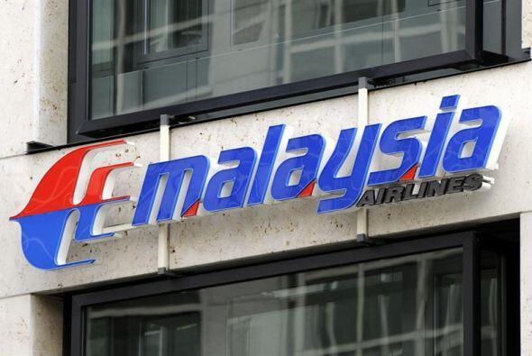El primer escándalo ocurrió el 8 de marzo de 2014. El vuelo MH370, con 2...
