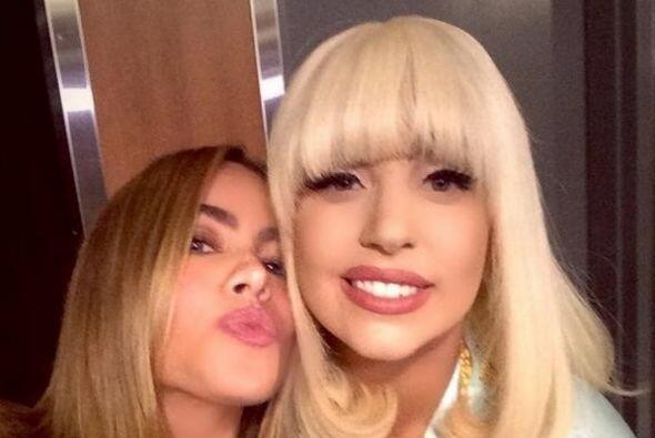 Pero hay otras mujeres exhuberantes como Lady Gaga que no se han escapad...