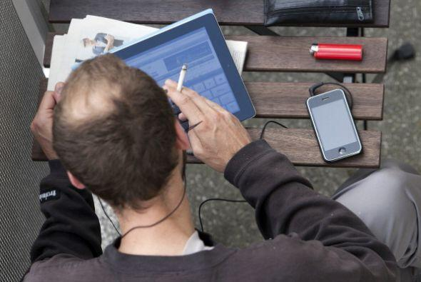 Para 2011 el número de personas que traía un iPhone comenzó a triplicars...