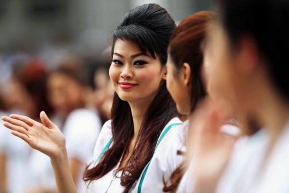 Un saludo con la belleza y la elegancia de Malasia.