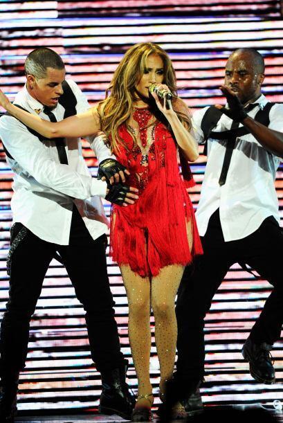 El amor de Jennifer López y Casper Smart nació en el escenario...Mira aq...