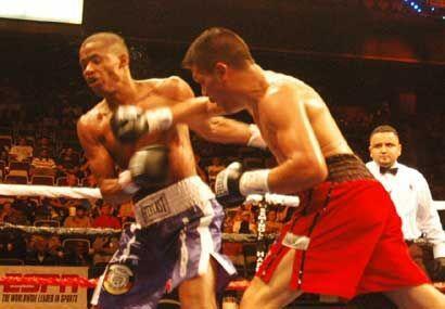 Pese a la derrota Julio Díaz conectó buenos golpes, aunque...