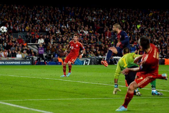 Franck Ribery se internó por la pradera izquierda y centró para que algu...