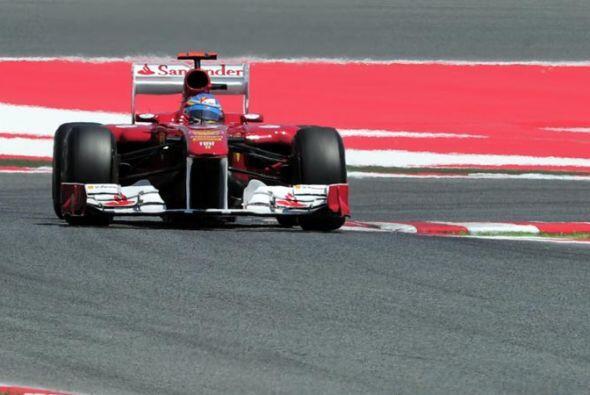 El piloto español de la Ferrari se mantuvo en la primera posición durant...