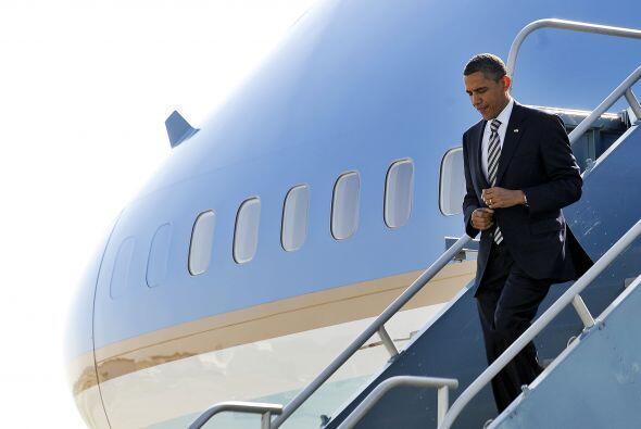El avión presidencial Air Force One aterrizó en el aeropuerto internacio...