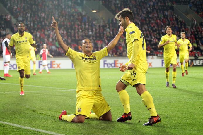 Slavia Praha 0-2 Villarreal: con un gol del colombiano Bacca y un autogo...