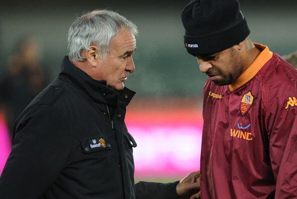 ¿Adriano también vuelve? No, no, tranquilo, el hombre ya e...