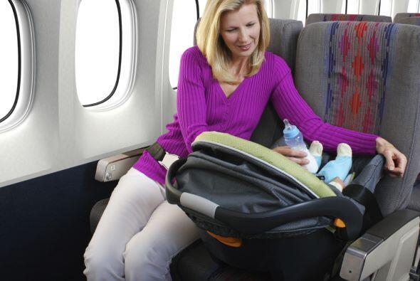 Sin importar cuán pequeño sea, todos los niños deben estar bien sujetado...