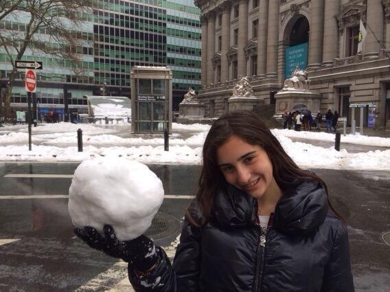 Esta temporada es perfecta para hacer bolas de nieve y armar toda una gu...