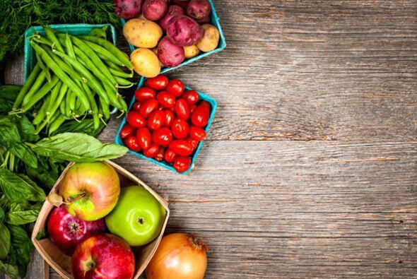 El consumo de frutas y vegetales es de suma importancia. Las mismas tien...