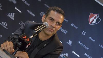 En fotos: así es el debut de Rafael Márquez en el fútbol...pero por fuera de las canchas