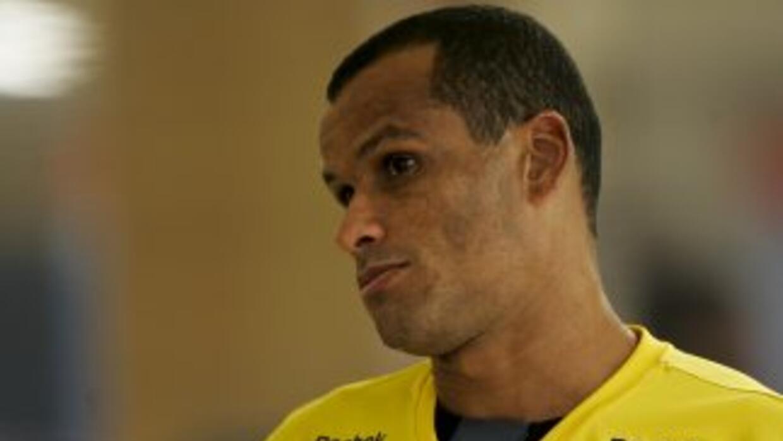 Rivaldo podría colgar las botas a los 41 años, acosado por las lesiones.