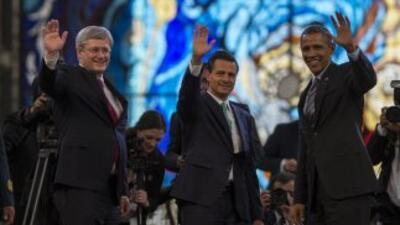 El presidente Barack Obama se reunió con Enrique Peña Nieto, presidente...